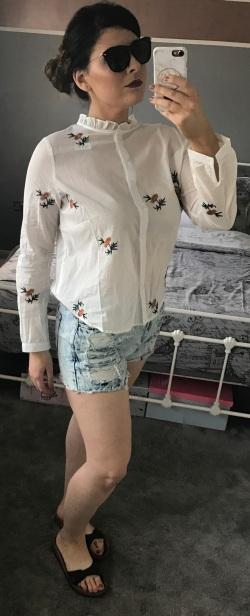 adjusted shirt and short